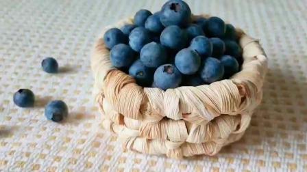 今天来教你们做,个人秘诀蓝莓酱