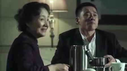 人民的名义:赵东来正讨好吴法官,陆亦可却在搞事情,太搞笑了