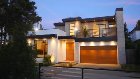 现代二层小别墅,带车库大露台,时尚靓丽