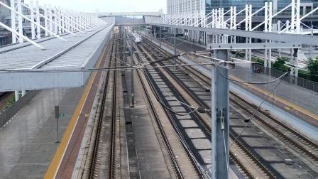 2020年7月6日,G6172次(广州南站—怀化南站)本务中国铁路广州局集团有限公司广州动车段广州南动车运用所CRH380AL-2927广州北站通过