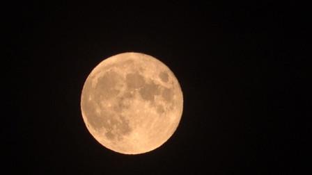 7/5 AX700 月亮