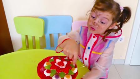 国外少儿时尚,小萝莉和厨师做水果蛋糕花,太可爱了吧