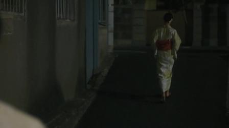 四月沉梦: 男孩目送女孩,消失在了转角