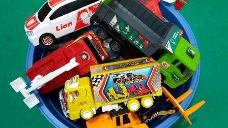 审查汽车卡车、橡皮车、油罐车、集装箱车、起重车和叉车