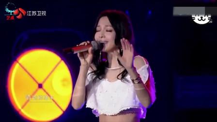 张韶涵一复出就翻唱这么难唱的歌,连原唱都忍不住竖起大拇指!