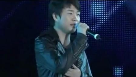 刘嘉亮《你到底爱谁》,当年很流行的一首歌曲,经典回忆,好听极了!