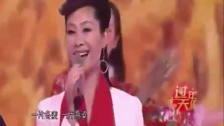 朱之文和于文华对唱《在希望的田野上》第一次发现比尹相杰更般配