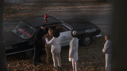 移魂女郎:历史总是惊人的相似,莉萨逃跑后,又被抓了回来