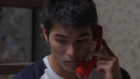 九降风:小伙打电话哄女朋友,却不会说话,真是扭扭捏捏的