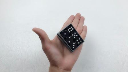 魔术揭秘:为什么吹上一口气,盒子里的骰子的点数就变了?