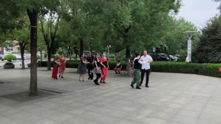 原创:街头偶遇双人舞