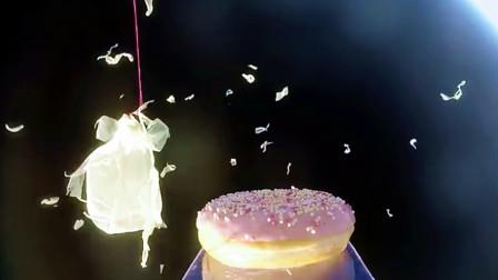 甜甜圈被送上太空,会发生什么?还搭进去一个摄像机!