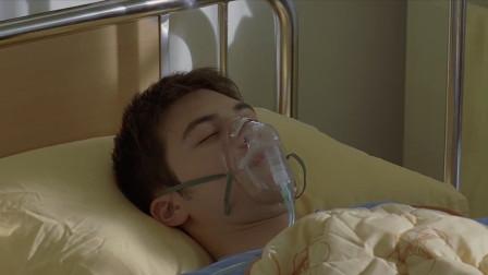 九降风:帅哥在病床上醒不过来,小伙去看他,也只能干坐着