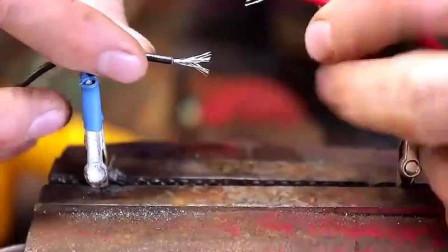 焊工老师傅教你如何接电线,这个方法太实用了,又学到了一招!