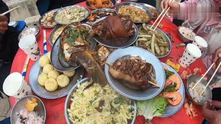 安徽农村婚宴酒席,看看这一桌的硬菜都有啥,看着都咽口水