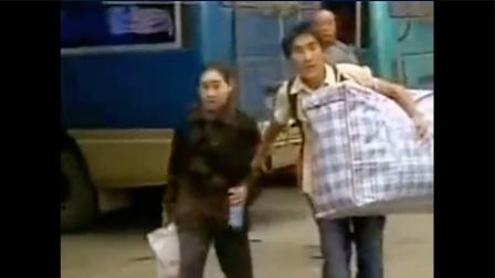 """孝感天地, 贵州小伙""""千里背疯娘""""上大学!"""