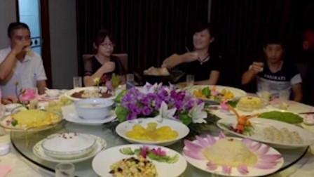 食来运转:福州建宁盛产莲子,外皮翠绿果肉殷实饱满,又叫贡莲