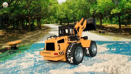 仿真装载车和挖掘机给自卸车装太空泥真好玩,儿童工程车玩具