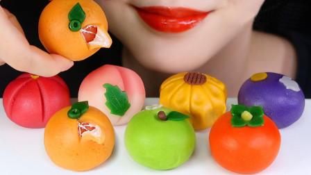 造型精美的日本和果子,口感软糯香甜,看起来诱人十足