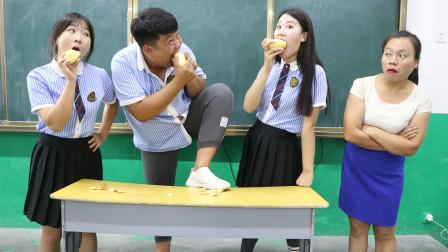 学霸王小九校园剧:学生比赛用嘴削土豆皮,没想学生的做法一个比一个逗,太有趣了