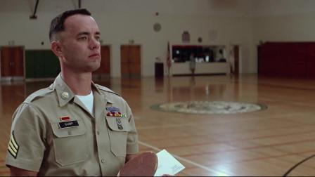 小伙的服役期结束,以后不能再打乒乓球,只能回家找妈妈