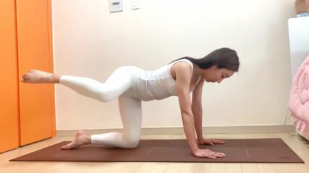腰部赘肉总也减不掉?这个瑜伽体式练30天,排毒塑形增肌试试吧