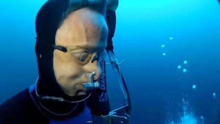 下潜时受到的水压有多强?摄像机拍下全程,难怪普通人10米是极限