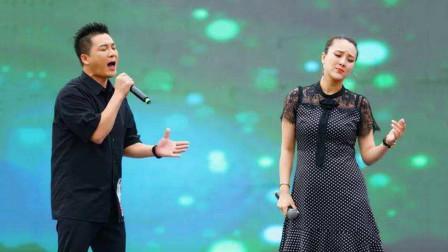 """杨帆杨子一合唱《雨花石》,默契配合太好听了,这夫妻俩""""绝""""了"""