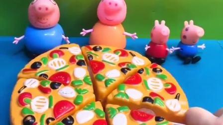 小猪佩奇一家分披萨,剩下两块披萨,乔治想给爷爷奶奶吃