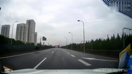 车轮:你开的太慢了,886