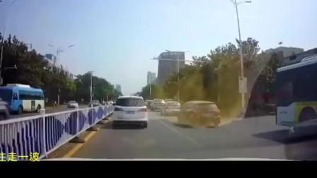奇葩车祸:刹车,踩刹车
