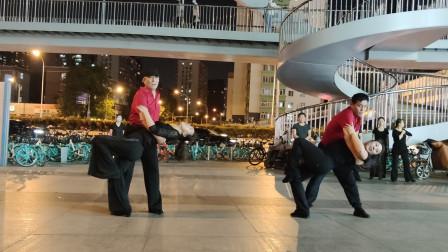 吉特巴《苏勒亚其其格》舞步简单好看,歌好听,双井燕子舞蹈队