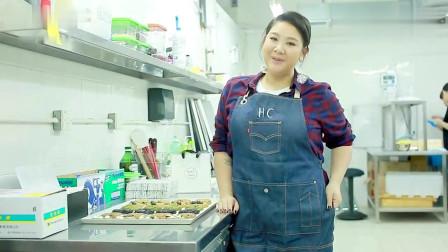 郑欣宜介绍自己店的曲奇 她真的很努力