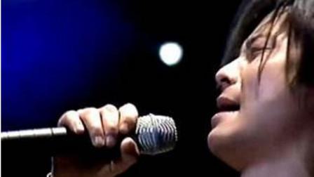 据说这是王杰播放量最高的一首歌,从未有人模仿,也模仿不来!