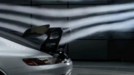 梅赛德斯AMG GT Black Series高性能跑车官方视频,展示空气动力学设计。