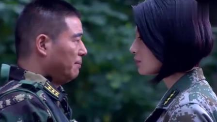 特种兵首长逼迫女教官,何晨光大怒,差点对首长动手