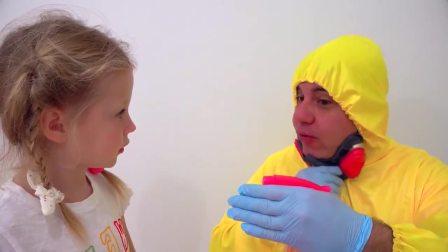 国外儿童时尚,小女孩和爸爸一起玩耍,太有趣了吧