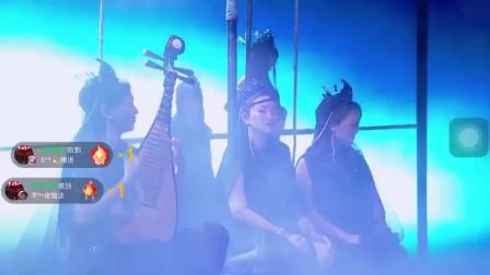 彩虹合唱团演绎《乘风破浪》歌曲堪称舞台剧