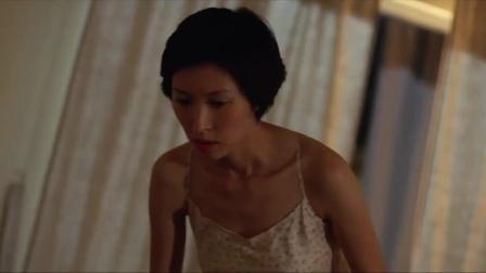 目露凶光:美女揭开男友的被子就傻了,他怎么会说出这样的话