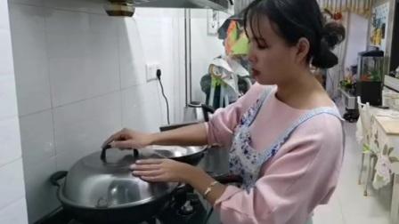 农村媳妇用紫薯做馒头,打开锅盖那一刻,太漂亮了