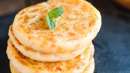 想吃粗粮不会做?大厨教您用土豆、玉米和豆面做个饼,低糖低脂!
