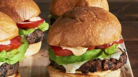 汉堡王用过期面包做汉堡,鸡腿排保质期随意改
