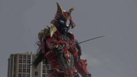 奥特曼5个使用刀剑的怪兽,一个砍掉了泰罗的头,而他变成了恋鬼