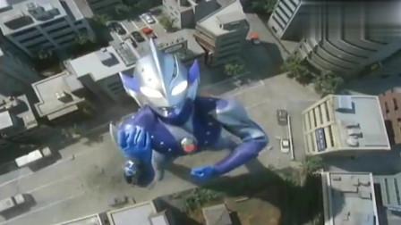 奥特曼:希卡利召唤复仇铠甲,一拳打败怪兽的武器