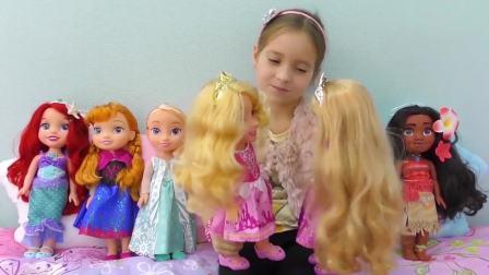 国外儿童时尚,小萝莉来到小人国,收获友谊