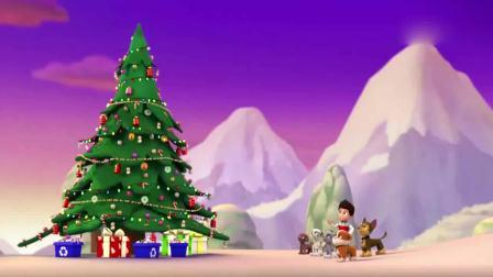 汪汪队立大功:汪汪队做的真好,一个完美的圣诞树