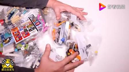 LEGO乐高城市系列:美味甜甜圈店开业了!