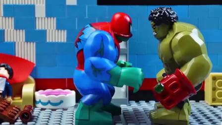 蜘蛛侠:蜘蛛侠把蛋糕倒了绿巨人头上了