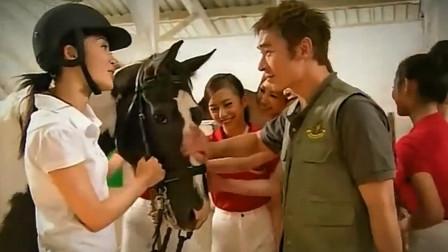 盘点TVB中的运动教练:许志安上训马课, 欧阳逸耐心指导击剑