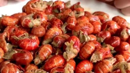 这么好吃的麻辣龙虾尾,喜欢的话,点个红心支持下吧